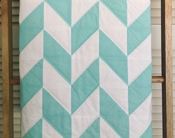 Baby Quilt, Aqua and White Herringbone Pattern