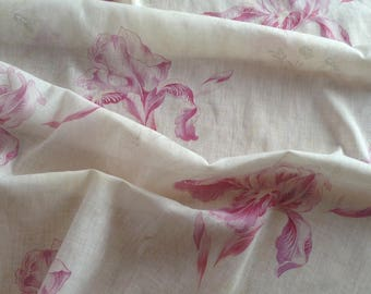 Beautiful antique FRENCH 1900s Art Nouveau faded pinks Iris flowers lightweight textile fabric~ projects