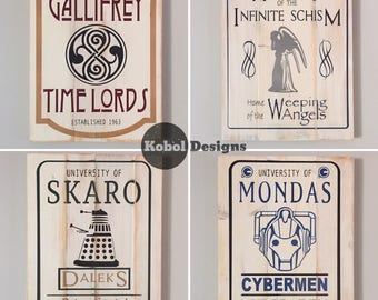 Vintage look Whoniverse University Signs - SET of 4
