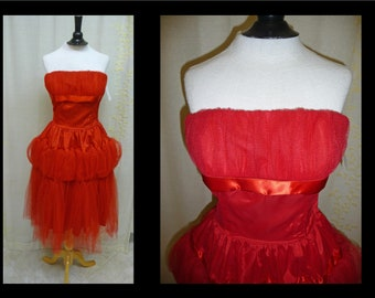 Vintage 1950s Dress - Strapless Cherry Red Tulle Cupcake 50s Party Prom Dress with Full Skirt and Bubble Hips