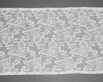 Vintage White Lace Table Runner Dresser Scarf Hand Hemmed 13 x 40 Inch Rectangle