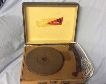 Sale Through August 21st Vintage TRYLON PHILADELPHIA Portable Tube Phonograph Record Player Turntable 78 Speed Victrola Portable Phonograph