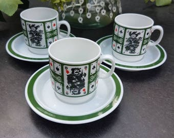 Vintage//Mosa Maastricht//coffee cups and saucers//motif/playing cards/green border//set of 3//porcelain//eye-catcher!
