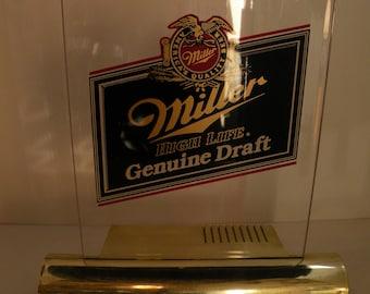 Miller Genuine Draft Light Up Advertisment Sign (WORKING)