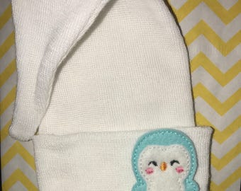 FLaSH SaLE NEWBORN Hospital Hat. Newborn Hospital Beanie. Baby Stocking Hat with Cute Penguin Applique. Great Gift.