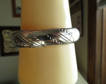 Vintage Great Condition Sterling Silver Decorated Thick Cuff Bracelet, Wt. 18 Grams, 5 1/4 Inches Long, 3/4 Inch Thick, Hallmarked Sterling