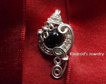 Swirl Wire Wrapped Onyx Bead Pendant