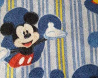 Mickey Framed Fleece Fabric (1.5 yard)