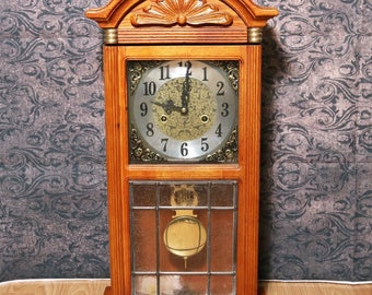 D & A Oak Parlor Clock w/ Leaded Glass Lower Front Door + Chimes, Mechanical