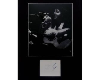 Paul McCartney Linda McCartney AUTOGRAPH photo display WINGS