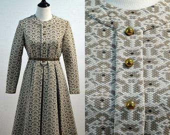 SUMMER SALE Vintage vtg 70s 1970s PedestalOriginals Polyester Pleated Flare Skirt Dress with Belt Medium M Large L Knee Length Long Sleeve W
