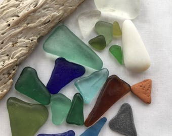 Pretty triangles of Scottish Sea Glass SG 21.6.17.3