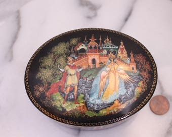 Vintage Signed Russian Porcelain Trinket Box with Prince and Princess Angel Wings 1989