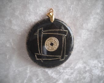 cabochon pendant, inspired black / gold, creating jewelry.