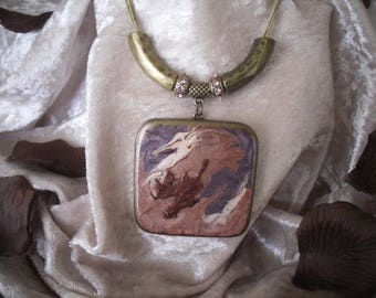 fancy square wooden pendant, old harmony necklace pink/plum/bronze