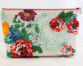 Make-up/Toiletries/Cosmetics Bag-Floral Medallion pattern
