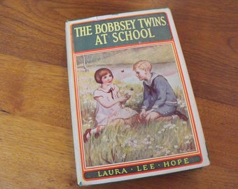 1913 The Bobbsey Twins At School With Dust Jacket