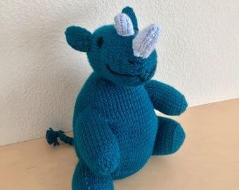 Knit rhino