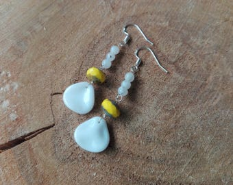 Moonstone and Czech glass earrings / / Pineapple Picasso & Moonstone