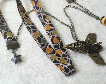 Liberty Travel airplane Tan & green necklace