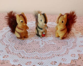Vintage fuzzy squirrels, set of 3 vintage fuzzy Japan squirrels figurines