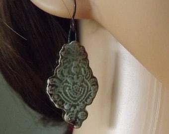 Green ceramic earrings, drop earrings, ceramic earrings, patterned ceramic earrings, ceramic jewellery, Boho earrings, festival jewellery