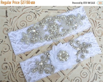 ON SALE Wedding Garter Set, Wedding Garter, Bridal Garter, Crystal Rhinestone Pearl Garter, Garter Plus Size, Vintage Garter,  Stretch Lace
