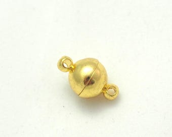 Gold metal 8mm magnetic ball clasp
