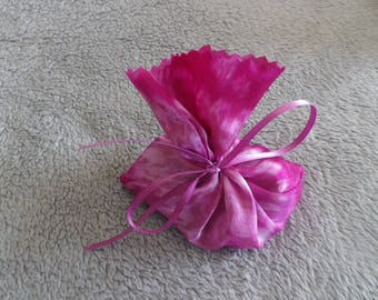 Lavender silk bag with @evysoie pink satin ribbon Fuchsia