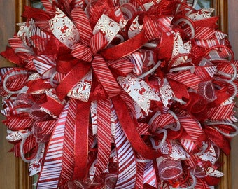 Candy Cane Wreath, Christmas Wreath, Christmas Decor, Holiday Decor, Holiday Wreath, Red and White Wreath for door