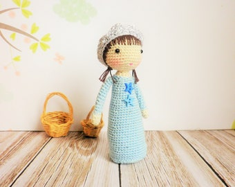 Doll crochet hook very very fine, little Princess of 9 cm, art and collection, decoration, toy