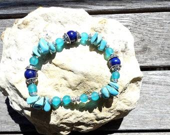 Turquoise chips and lapis lazuli bracelet
