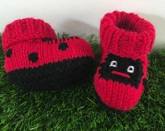 Ladybird knitted baby booties ladybug baby gift baby boots baby shoes baby socks knitted baby gift ladybug booties baby girl baby boy baby