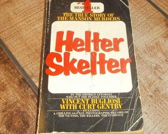 Charles Manson  Helter Skelter Manson Family Paperback Book Vincent Bugliosi Dune Buggy Attack Batallion, Serial Killer, Halloween Gift