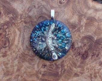 Platypus Totem Water Wisdom Spirit Crystal Orgone Ormus Energy Chakra-Tuning 27mm Unisex Pendant Necklace Quartz Moldavite Blue Black Silver