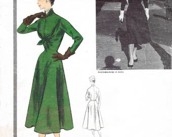 1950s 50s dress pattern reproduction // hourglass waist new look // full skirt // Bust 34