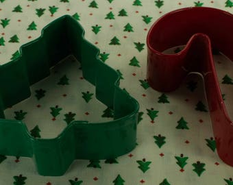 2 Pc. Collectable Wilton Metal Tree And Candy Cane Christmas Cookie Cutter Set