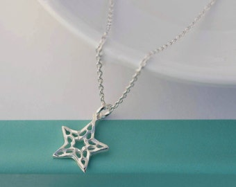 Dainty Star necklace - Tiny star necklace - Sterling Silver necklace - Minimalist necklace - Delicate necklace - Layering necklace