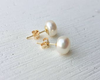 14K yellow gold stud earrings,Pearl Earrings, Bridal Earrings, Valentine's day gift