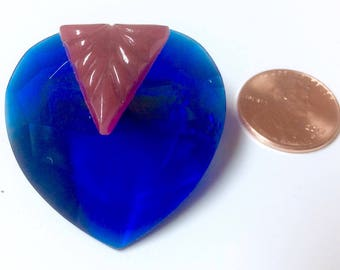 Vintage Faceted Cobalt Blue with Red Carved Trim Lucite Thermoset Heart Shaped Pin Brooch