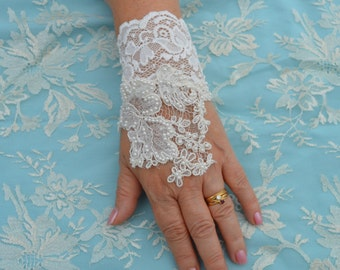 Hand beaded lace, ivory wedding lace cuff, Bridal, ivory embroidered lace bracelet cuff lace beaded wedding, pearls