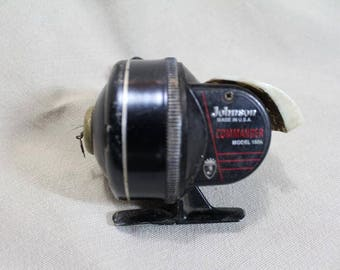 Vintage Classic Johnson Commander 150a Accucast Spinning Reel
