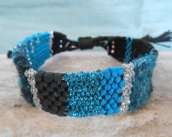 Bracelet loom woven - Linen Silk Wool & Lurex - turquoise teal blue silver and black - hand woven tapestry bracelet -  fiber art jewelry***