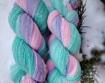 Snow. Hand-dyed merino yarn. 100g
