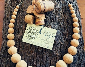 Increasingly-sized cork beads Necklace-jewellery collection Ball