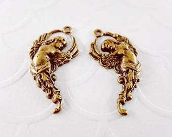 2Pcs Antique Brass Filigree Winged Goddess Right and Left 28x15mm, Goddess charm pendant stampings #A162