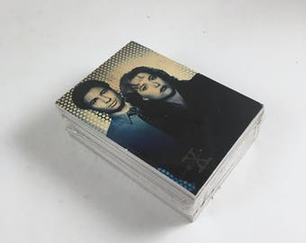 X-Files Trading Cards, Season 1, Topps Vintage 72 Card Complete Set, Agent Mulder, Scully, Truth is Out There, Mint in Cello Wrapper