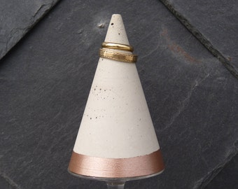 Concrete decorative cone no. 8 - Rosé Gold - Ring holder - concrete original - gift -.