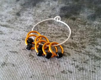 Worsted Small Knitting Stitch Markers | Snag Free Stitch Markers | Snagless | Hallowe'en Stitch Markers | Five Little Pumpkins
