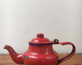 Vintage Flying Crane enamel one cup teapot